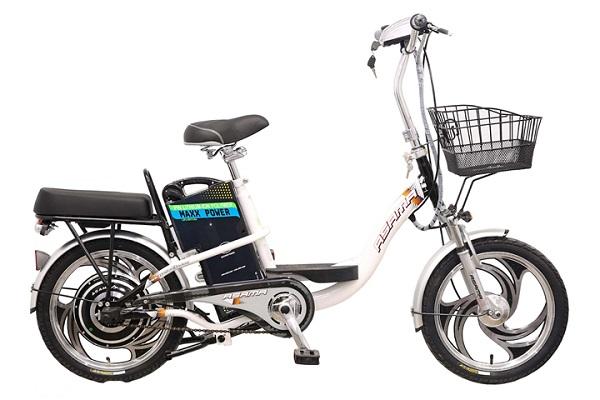 Xe đạp điện Asama EBK 002R chạy được tối đa 60km khi được sạc đầy.