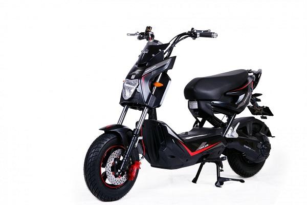 Xe máy điện Jeek Man Dibao - đẳng cấp, sang trọng, cá tính