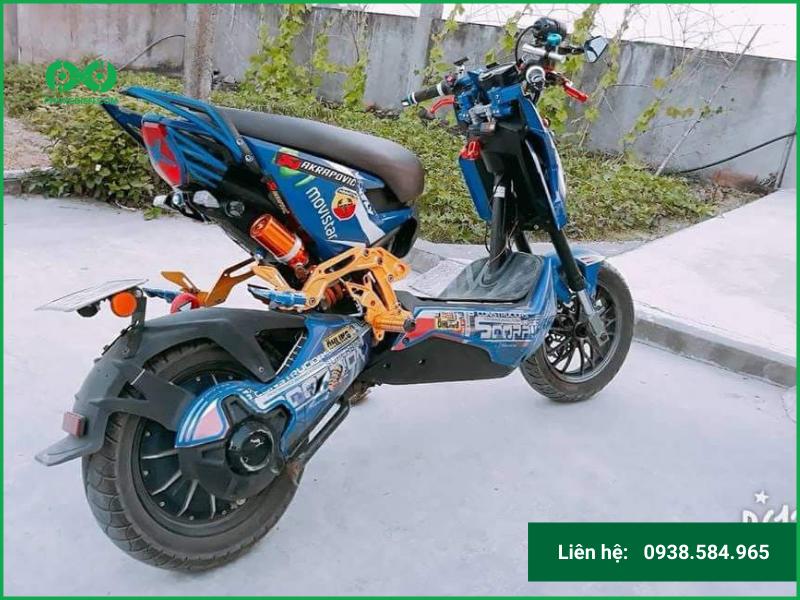 Mang xe đạp điện ra tiệm độ để an toàn nhất