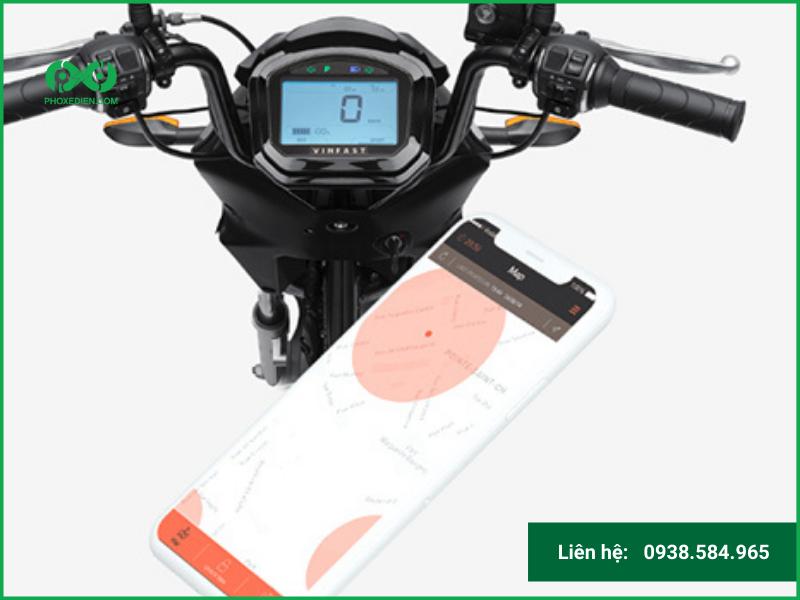 Sử dụng xe máy điện mang lại lợi ích gì cho sinh viên?